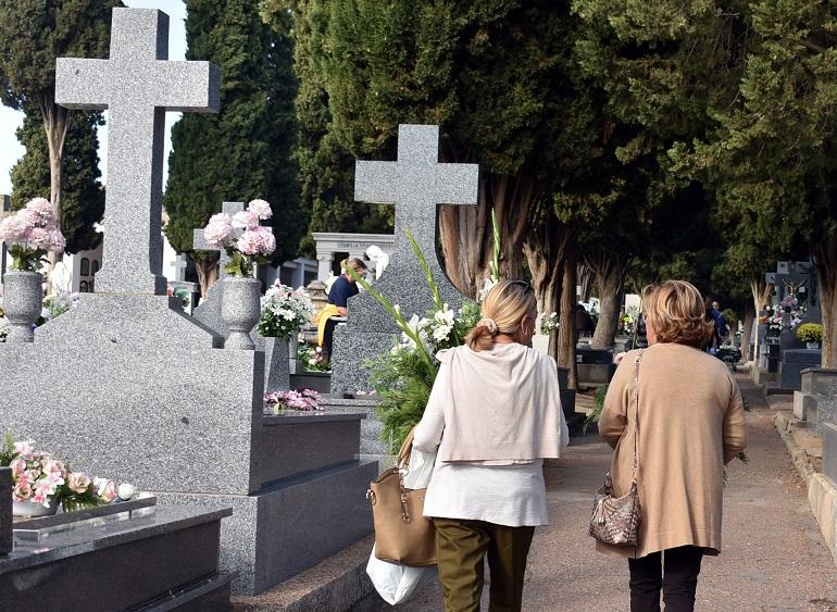 Ciudad Real El Cementerio Municipal retoma su horario habitual sin limitaciones de visitas pero con medidas de protección