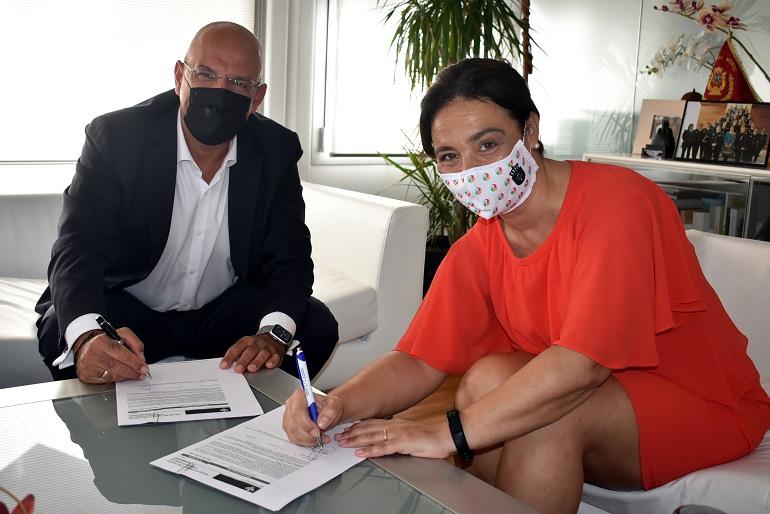 Ciudad Real Pilar Zamora firma con Globalcaja una operación de crédito por valor de hasta 12 millones de euros
