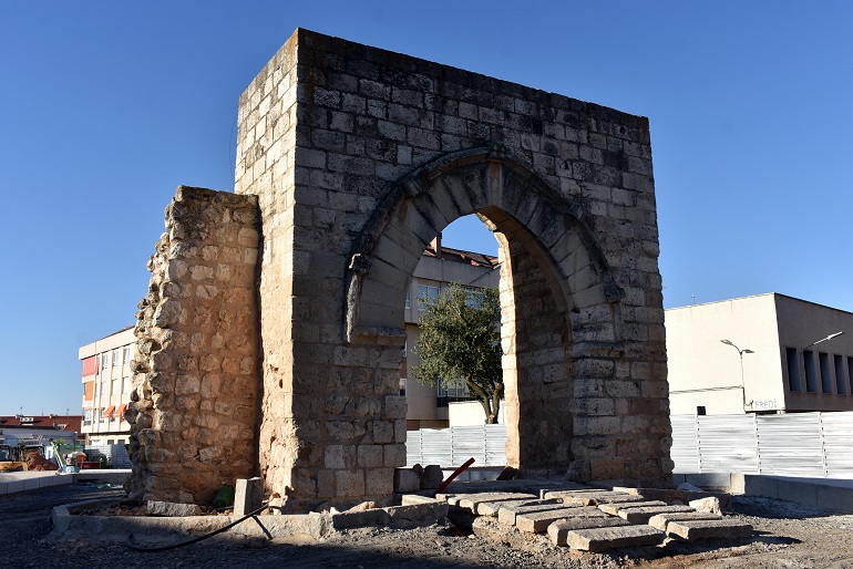 Ciudad Real Ultimando las obras del Arco del Torreón