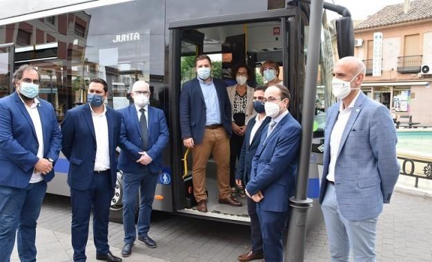 Puesta en marcha del primer autobús de líneas regulares interurbanas propulsado a gas que cubre la línea Ciudad Real-Miguelturra