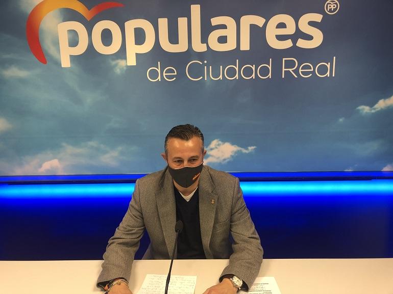 """Fernández """"La subida de impuestos de Sánchez y Page es un atraco a las economías de todos los españoles y la ruina para Castilla-La Mancha"""""""
