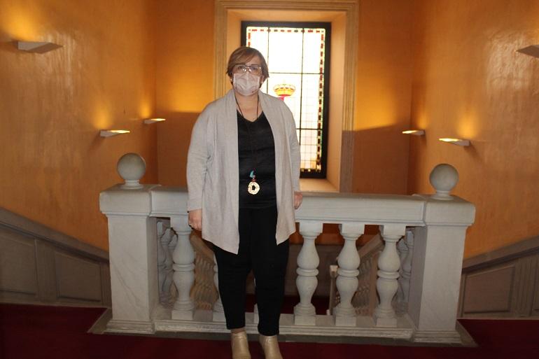La delegada de la Junta anima a las personas afectadas de cáncer a que no pierdan la esperanza y las ganas de luchar