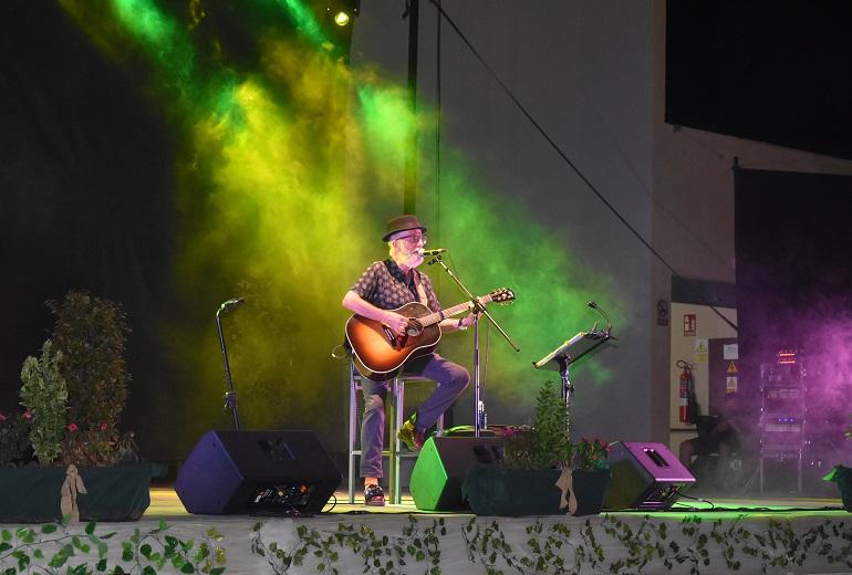 Ciudad Real Pancho Varona comparte su viaje al mundo de Sabina a través de la historia viva de la música en España