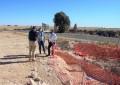 Herencia renueva más de medio kilómetro de la conducción de la que se abastece de agua desde el pozo Palancas